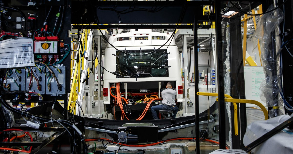 Workers at electric bus startup Proterra unionized -- and their Tesla-veteran CEO loves it