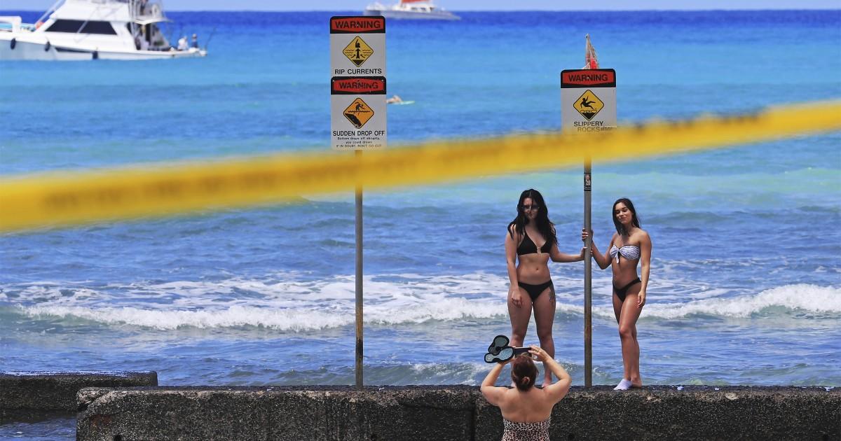 Coronavirus: Hawaii extends stay-at-home order through May